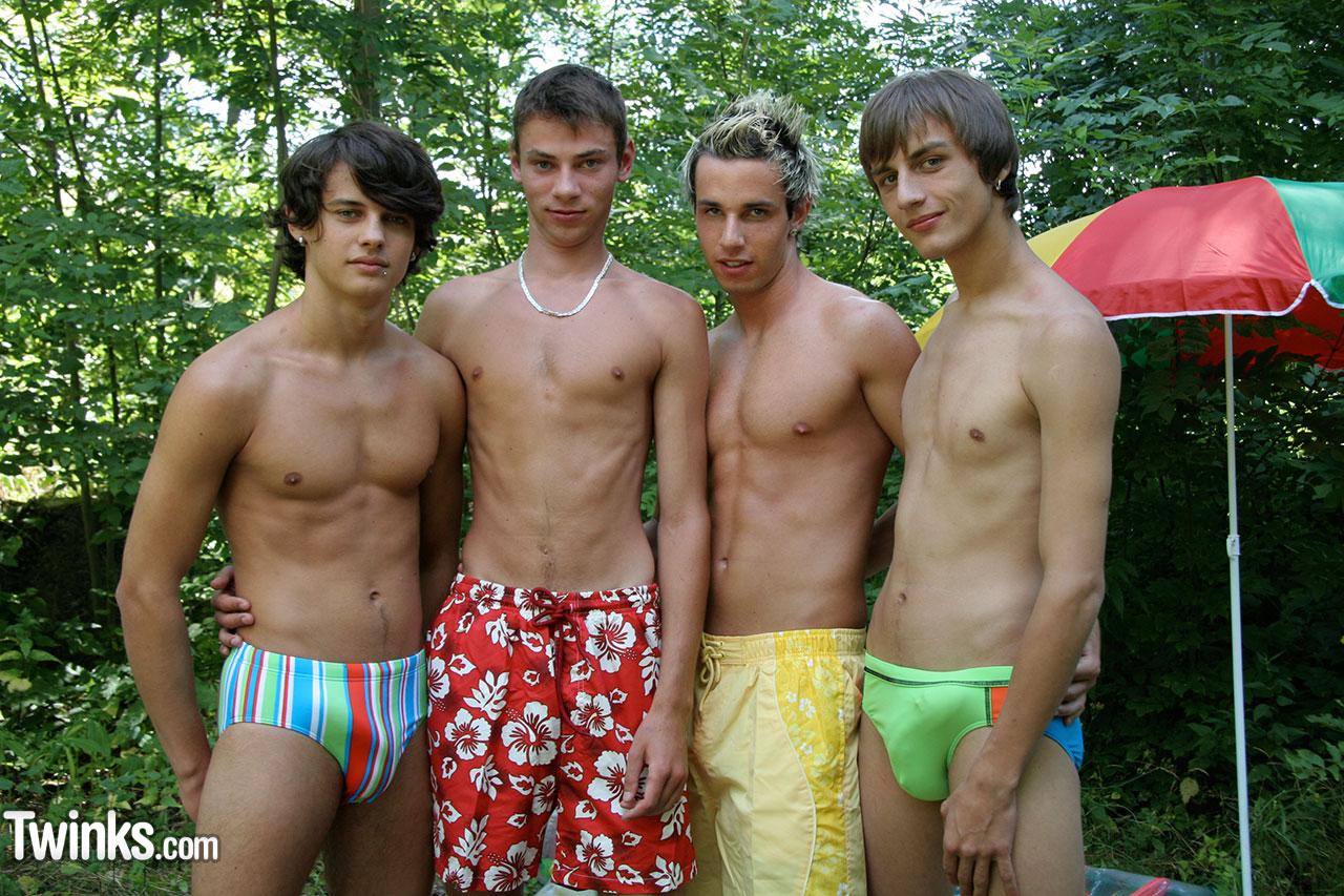 Сосущие мальчики педики 16 фотография