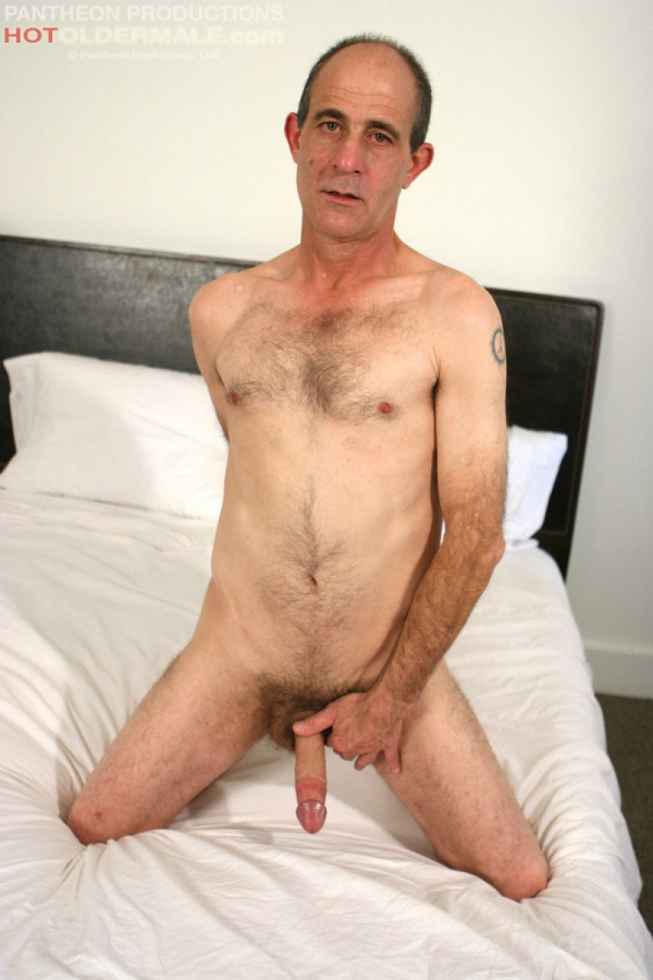 gay man masturbation older