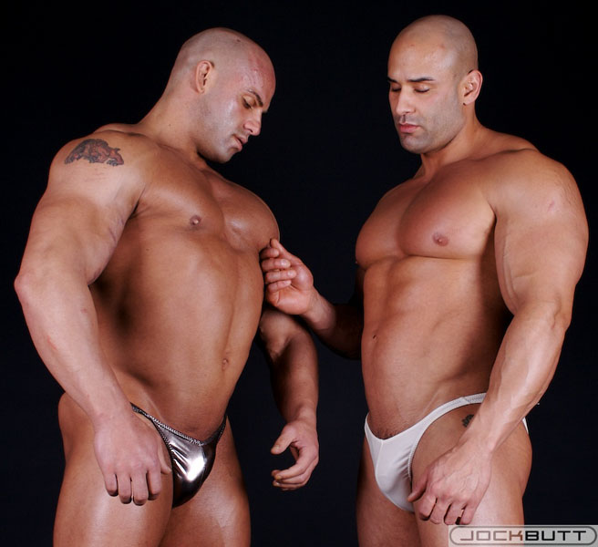Gay Hung Muscle Hunk